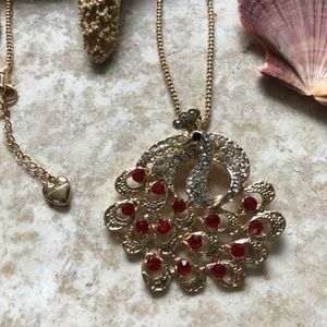 [NWOT] Betsey Johnson Red Gem Peacock Necklace